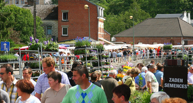 bomal-zondagmarkt